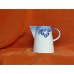 Mlékovka kávová - Tom, Blue Cherry, 240 ml